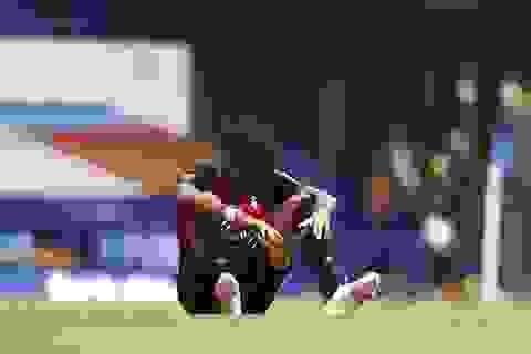 """Nỗi buồn """"thấu tim gan"""" của những đội xuống hạng ở Premier League"""