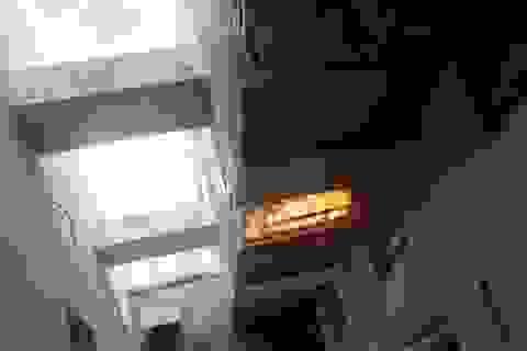 Cháy cục nóng lạnh điều hòa, cả chung cư hốt hoảng