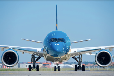 """Máy bay lên đường tới Guinea Xích đạo """"giải cứu"""" người Việt nhiễm Covid-19"""