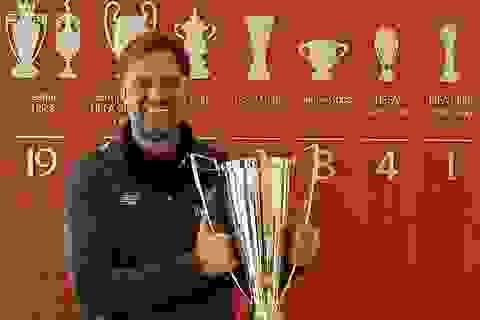Alex Ferguson chúc mừng đồng nghiệp Klopp giành giải HLV hay nhất năm
