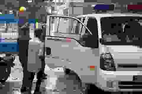 Bắt khẩn cấp người đàn ông 59 tuổi nghi hiếp dâm bé gái 8 tuổi tại chợ