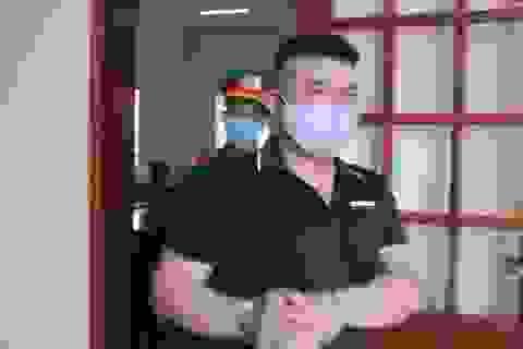 Bị hại kháng cáo, kẻ đổ xăng đốt cả nhà người tình được giảm án