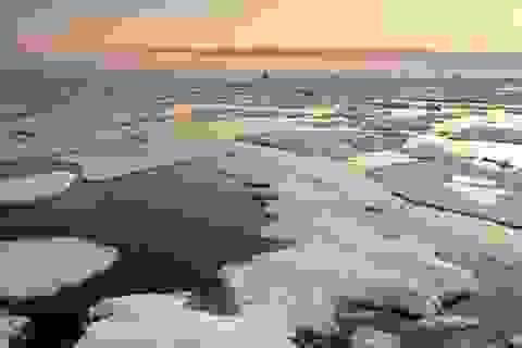 """""""Hóa chất vĩnh cửu"""" được phát hiện lần đầu tiên ở nước biển Bắc Cực"""