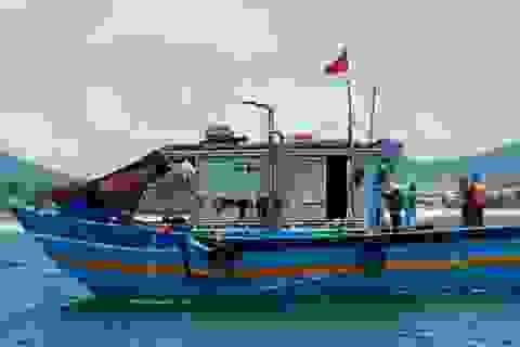 9 người theo tàu cá vượt biển, lén lút rời Đà Nẵng