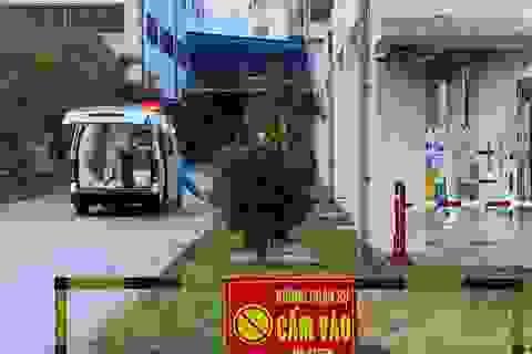 Bệnh nhân 4 lần âm tính không thể xuất viện vì cả nhà vẫn bị phong tỏa