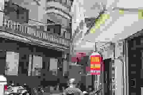 Treo biển giảm giá 70%, phố khách sạn từng sầm uất nhất Hà Nội vẫn... ế