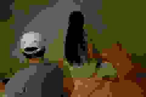 """Đột kích 3 cơ sở massage cho nữ nhân viên """"tắm tiên"""" với khách"""