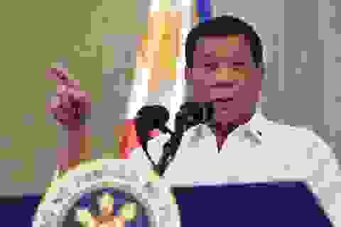 Tổng thống Philippines khuyên khử trùng khẩu trang bằng xăng