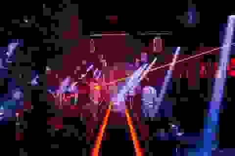 Từ 0h ngày 1/8, nhiều tỉnh đóng cửa quán bar, karaoke để chống dịch