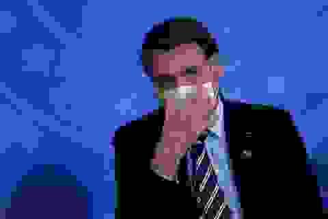 """Tổng thống Brazil nói bị """"mốc"""" phổi sau khi khỏi Covid-19"""