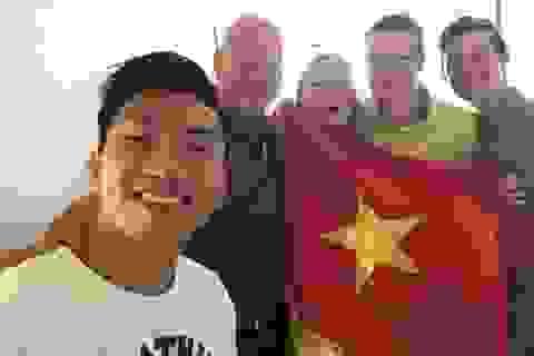 Văn Hậu tạm biệt sếp lớn ở Heerenveen trước ngày về Việt Nam