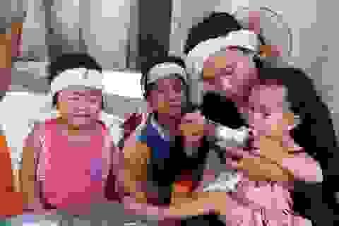 Ba đứa trẻ đột ngột mất cha được giúp đỡ hơn 59 triệu đồng
