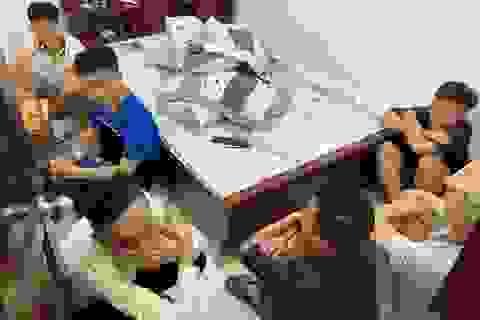 Bắt nhóm thanh niên thuê nhà nghỉ sử dụng ma túy tập thể