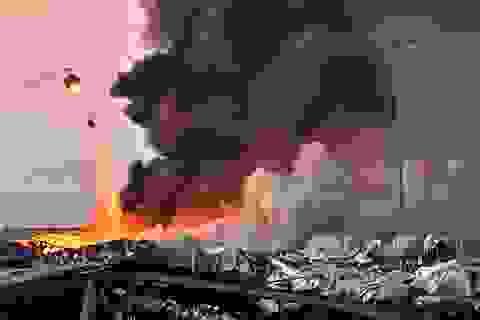 Tổng thống Li Băng không loại trừ khả năng vụ nổ Beirut do bom hay tên lửa