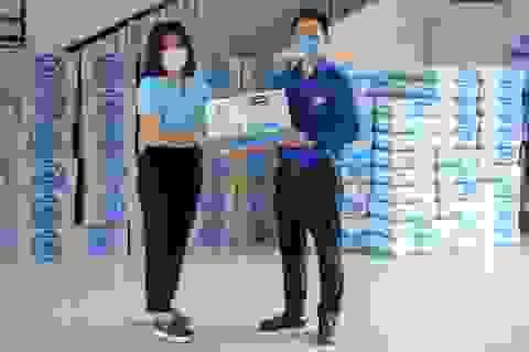 """Vinamilk ủng hộ gần 170.000 sản phẩm cho 3 địa phương miền Trung đang là """"điểm nóng"""" Covid-19"""
