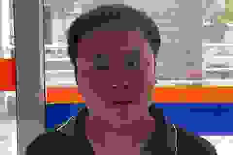 """Hà Nội: Tài xế xe container """"nghiền nát"""" xe con khai gì?"""