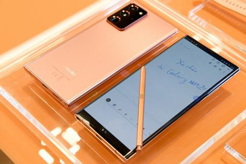 Thực tế bộ đôi Galaxy Note20 và Note20 Ultra tại Việt Nam