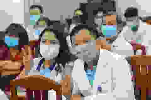 Nữ bác sĩ 9X xung phong vào hỗ trợ tâm dịch Đà Nẵng, chiến thắng mới trở về