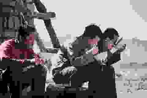 """Gần 300 triệu lao động tại Trung Quốc thất nghiệp trong """"cơn bão kép"""""""