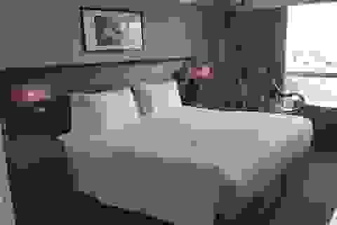 Giá khách sạn 5 sao rẻ bèo, người dân TPHCM rủ nhau vào ở để trải nghiệm