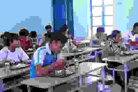 Đắk Lắk: Hàng trăm thí sinh được bố trí ăn uống tại điểm thi