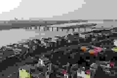 Hà Nội phát triển hai bên bờ sông Hồng