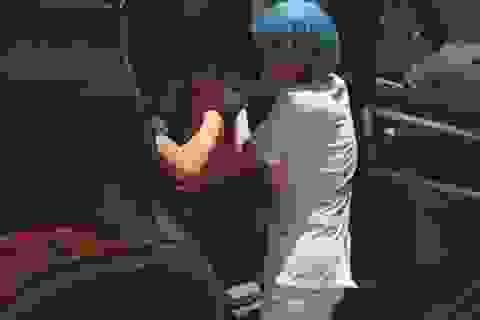 Tài xế taxi đỡ đẻ thành công cho sản phụ ngay trên xe