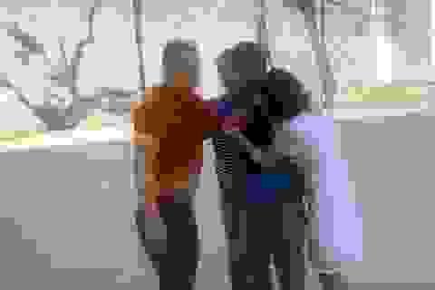 Hà Nội: Gã đàn ông vô cớ hành hung 2 phụ nữ