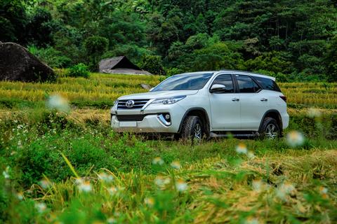 """Toyota Việt Nam ưu đãi """"khủng"""" cho khách mua xe Fortuner"""