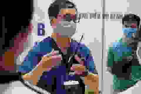 Diễn tập ứng phó tình huống khó tại bệnh viện dã chiến