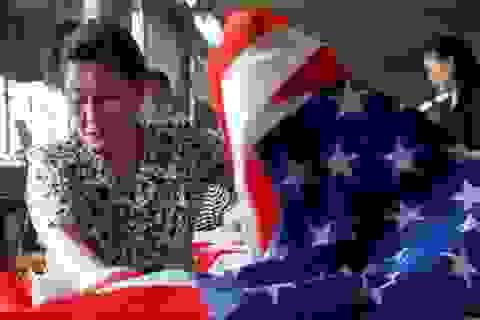 """Hàng xuất khẩu Hồng Kông sang Mỹ vẫn được """"ưu tiên"""" miễn thuế"""