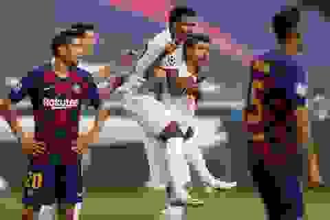 """Thomas Muller trở thành """"sát thủ"""" đáng sợ nhất với Barcelona"""