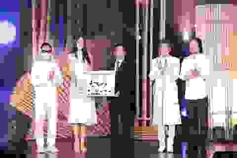 Hoàng Nhật Nam, Trần Tiểu Vy quyên góp được gần 6 tỷ đồng ủng hộ tâm dịch