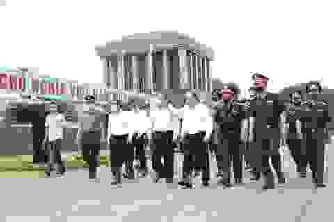 Thủ tướng đồng ý mở cửa đón khách vào Lăng viếng Bác từ 15/8