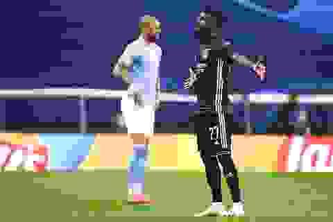 Man City 0-1 Lyon (hiệp 2): Cornet mở tỉ số trận đấu