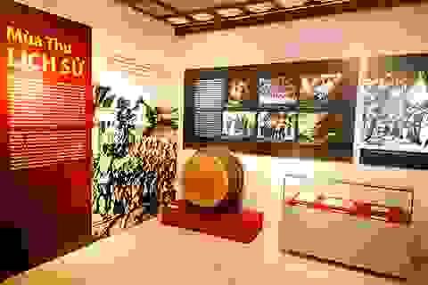 """Triển lãm """"Cách mạng Tháng Tám - Mốc son lịch sử"""""""