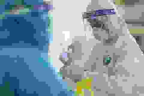 48 người ở Bệnh viện E tiếp xúc gần với ca mắc Covid-19