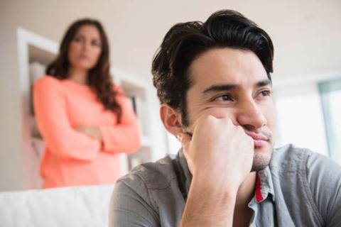 """""""Vợ anh lựa chọn anh là không sai hay quá sai?"""""""