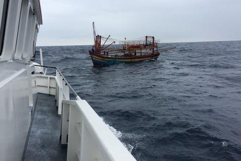 Vì sao Hà Tĩnh chưa hoàn tất lắp thiết bị giám sát hành trình cho tàu cá?