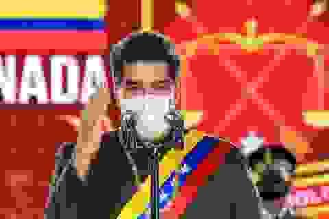 """Tổng thống Venezuela """"xung phong"""" tiêm vắc xin Covid-19 của Nga"""