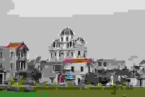 Xã giàu có ở Việt Nam, biệt thự không hiếm, có lâu đài xây 9 năm tốn hàng chục tỷ đồng