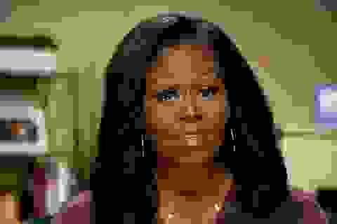 Thông điệp từ vòng cổ của bà Michelle Obama tại đại hội đảng Dân chủ