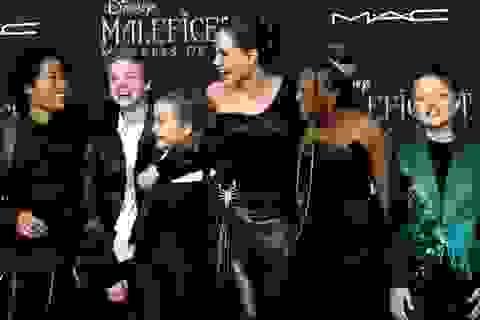 Hollywood không chỉ có Angelina Jolie nhận con nuôi