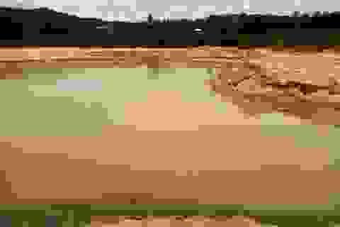Dân phản đối trưởng thôn được giao quản lý bãi cát bồi, thu phí trái phép