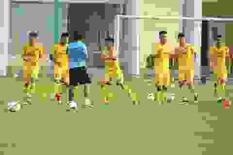 """Thời tiết đẹp, U22 Việt Nam tăng tốc """"luyện công"""" cho SEA Games"""