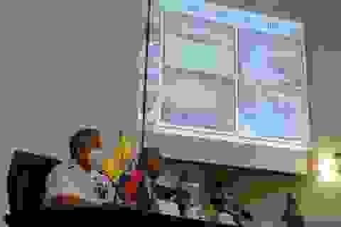 """Ecuador tố """"chiêu trò"""" của đội tàu cá Trung Quốc"""