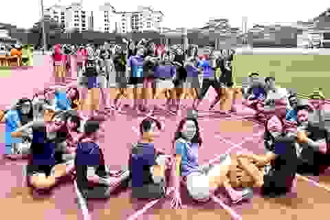 Singapore: Vì Covid-19, chương trình chào tân sinh viên diễn ra trên mạng