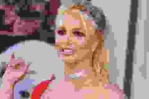 Britney Spears muốn cha thôi giám hộ mình sau 12 năm