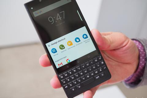 Tượng đài BlackBerry sắp hồi sinh với smartphone 5G, hỗ trợ bàn phím QWERTY
