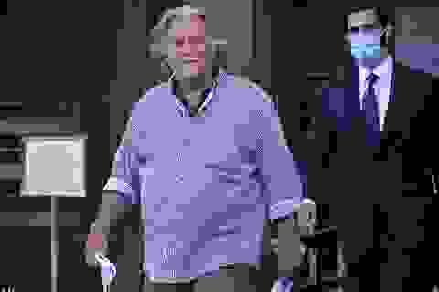 Cựu trợ lý của ông Trump không nhận tội lừa đảo